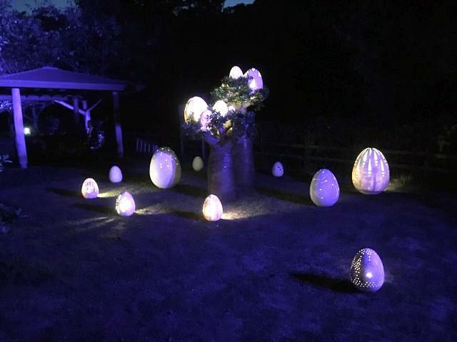 (日本語) 「ニジゲンノモリ・ナイトウォーク火の鳥」電飾・装置